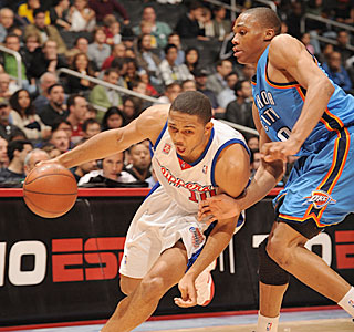 Rookie Eric Gordon goes 12-for-19 from the field during his career-high 41-point game.  (Getty Images)
