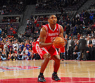 Ron Artest takes his time as he hits the winning free throws for the surging Rockets.  (Getty Images)