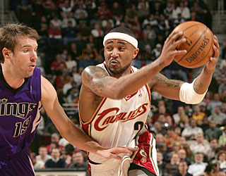 Mo Williams trumps LeBron's 20th career triple-double by posting a career-best 43 points.  (Getty Images)