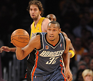 Boris Diaw leads the 'Cats, who beat the Lakers for the fifth time in their past six matchups.  (Getty Images)