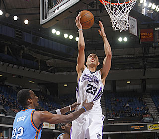 Kevin Martin makes the most of his 49 minutes, netting a game-high 37 points.  (Getty Images)
