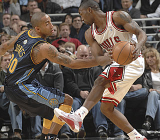 Ben Gordon keeps the Nuggets off balance, scoring 15 of his 37 points in the third.  (Getty Images)