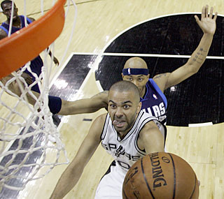 Need a lift? The Spurs, playing without Tim Duncan, get one thanks to Tony Parker, who scores 37 points. (AP)