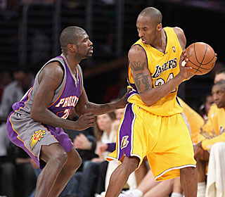 Kobe Bryant helps the Lakers shoot 62 percent from the field in the first half.  (Getty Images)