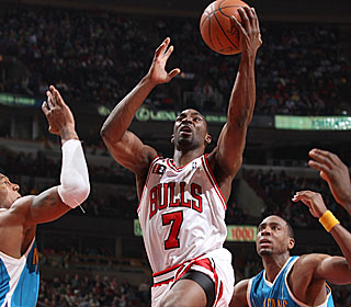 Despite averaging 6.5 points in his past two games, Ben Gordon bounces back with 27.  (Getty Images)