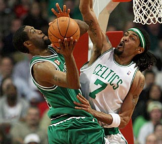 Wearing Boston's traditional green, John Salmons and Chicago take down the Celtics. (Getty Images)