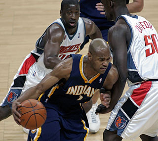 No one can stop Jarrett Jack as he shoots 13-for-14 from the field in a 31-point game.  (AP)