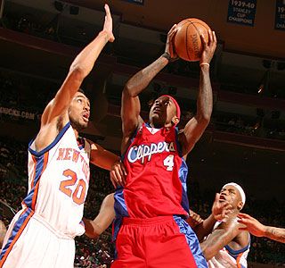 Mike Taylor scores a career-high 35 points to lead the Clippers over the Knicks.  (Getty Images)