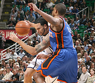Deron Williams gets eight assists in the first half, one fewer than the entire Knicks team.  (Getty Images)