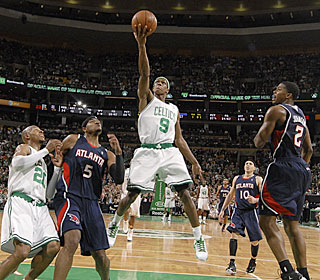 Rajon Rondo shows his efficiency from the floor, hitting 7 of 10 field-goal attempts.  (Getty Images)