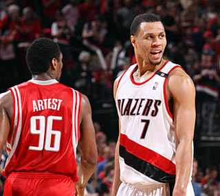 Brandon Roy proves why he is Portland's leader in a virtuoso Game 2 performance.  (Getty Images)