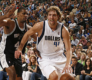 Dirk Nowitzki goes for 20 points (8-of-12 shooting) and seven rebounds in only 27 minutes.  (Getty Images)