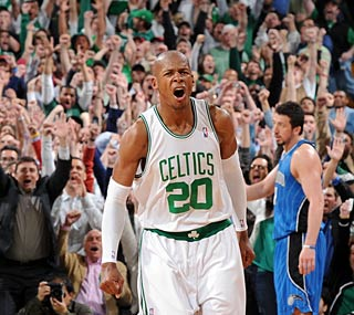Ray Allen struggles again, but he hits a big 3-pointer in the Celtics' comeback victory.