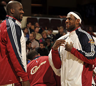 Cavs fans get a look at Shaquille O'Neal, on a mission to get a 'ring for the King.'   (Getty Images)