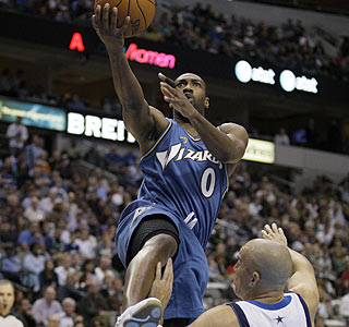 Gilbert Arenas ends the night with 29 points, his highest output since Nov. 14, 2007.  (AP)