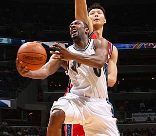 Gilbert Arenas continues his comeback, reaching 30 points for the first time since 2007.  (Getty Images)