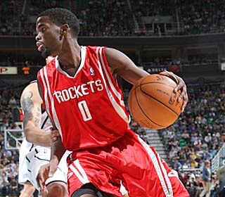 Aaron Brooks continues his impressive start, putting up 19 points and nine assists.  (Getty Images)