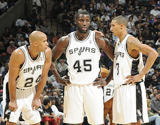 Richard Jefferson, DeJuan Blair and George Hill combine for 52 points and 17 boards.  (Getty Images)