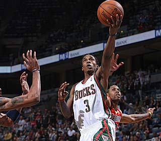 Brandon Jennings nets 29 points in the third quarter, hitting 12 of 13 shots in the period.  (Getty Images)