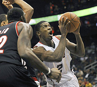 Joe Johnson helps the Hawks sweep the Blazers for the first time since the '96-97 season.  (AP)