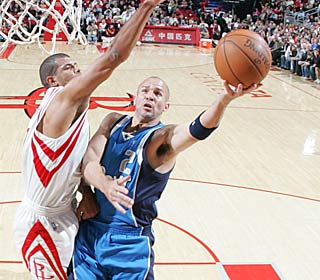 Jason Kidd only scores nine, but it's his seven assists that help him reach the No. 2 spot.  (Getty Images)