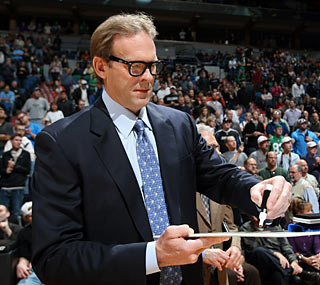 No matter what game plan Minnesota head coach Kurt Rambis draws up, it tends to fall short.  (Getty Images)