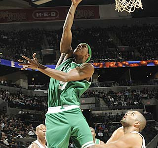 Rajon Rondo puts up 12 points, 12 assists and six rebounds for the streaking Celtics.  (Getty Images)