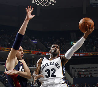 O.J. Mayo (28 points) is one of three Grizzlies to score more than 20 against the Cavs.  (Getty Images)