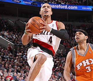 Jerryd Bayless shreds the Suns for a career-high 29 points as the Blazers rally.  (Getty Images)