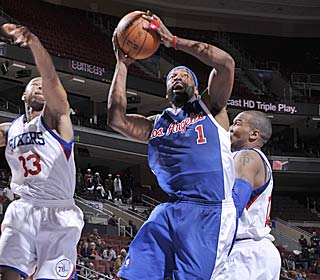 Baron Davis leads the charge after the Clippers blow a 16-point lead, finishing with 20 points.  (Getty Images)