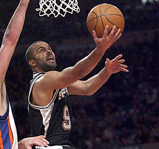 Tony Parker dissects the Knicks defense, nailing 10 of 17 from the floor for 22 points.  (AP)