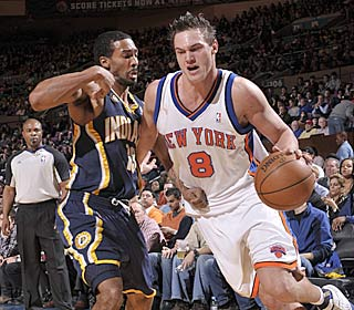 Danilo Gallinari goes for 20 points as the Knicks won for the 10th time in 15 games.  (Getty Images)