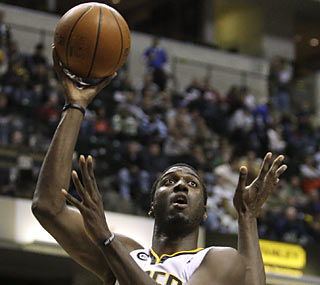 Hand it to Roy Hibbert, whose career-best outing helps the Pacers foil the SE Division-leading Magic.  (AP)