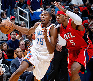Josh Smith and the Hawks have no answers for Kevin Durant, who nets 29 points.  (Getty Images)