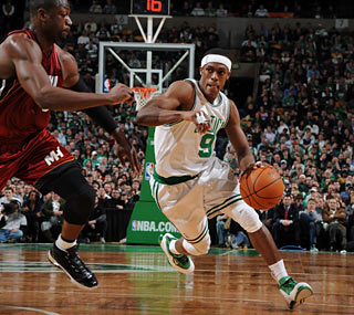 Once again, Rajon Rondo (22 points, 14 assists) gives Dwyane Wade and the Heat problems. (Getty Images)