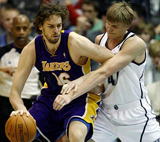 Pau Gasol steps up for the Lakers, shredding the Jazz with 22 points, 19 rebounds and five blocks.   (AP)