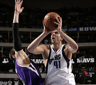 Dirk Nowitzki and the red-hot Mavericks own the league's longest active win streak.  (Getty Images)