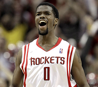 Aaron Brooks hits the winning jumper with 2.9 seconds left and ends the night with 31 points.  (AP)