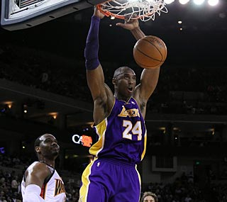 Kobe Bryant (29 points) and the Lakers have won nine straight over the Warriors.  (Getty Images)