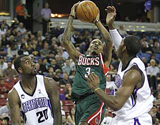 Brandon Jennings' 35 points is the rookie's highest output since he dropped 55 earlier in the season. (AP)