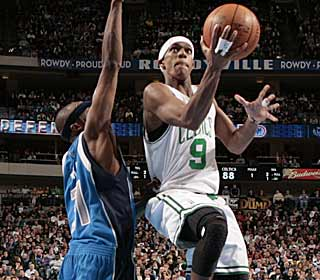 Rajon Rondo converts some key layups down the stretch to help the Celtics pull away. (Getty Images)