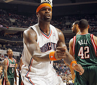 Stephen Jackson pours in 32 points and hits the go-ahead 3-pointer in OT.  (Getty Images)