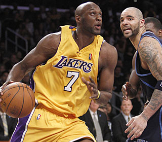 Lamar Odom picks a perfect time to score a season-high 26 points and add 10 rebounds.  (AP)
