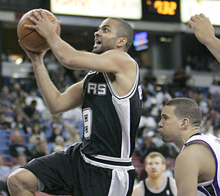 Tony Parker scores eight points in 17 minutes of action in his first game since March 6. (AP)