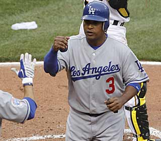 With four RBI, Ronnie Belliard ensures the Dodgers avoid their first sweep to the Pirates since 2000. (AP)