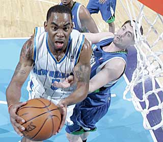 Marcus Thornton scores 22 to help the Hornets get a win in their final home game. (Getty Images)