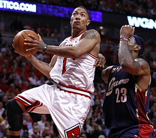 Derrick Rose and the Bulls see a 21-point lead dwindle to one before pulling out the win.  (US Presswire)