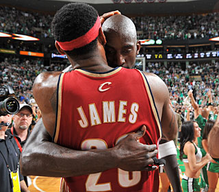 Kevin Garnett gives LeBron James some words of wisdom after the Celtics' clinching win.  (Getty Images)