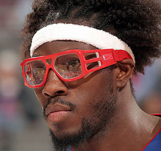 Larry sanders will be wearing goggles next season nba