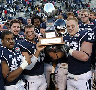 Connecticut improves to 3-1 in bowl games in its eight seasons as a member of the FBS.